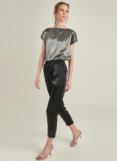 NGSTYLE Metalik Kumaşlı Beli Lastikli Pantolon Siyah